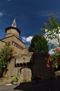 Le village médiéval de Besse-en-Chandesse<br> Parc Naturel Régional des Volcans d'Auvergne
