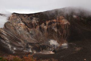 Cratère du Volcan Turrialba (3340m d'altitude)<br> Parc national du volcan Turrialba<br> Le Costa-Rica