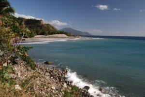 Côte depuis la rivière Layou (St Joseph)<br> Île de la Dominique (Dominica)