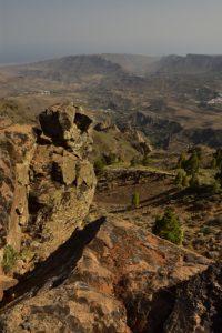 Point de vue du Mirador Pico de La Gorra près du Pico de Las Nieves, sur la Caldera de Tirajana<br> Paysaje Protegido de Las Cumbres<br> Île de Grande Canarie
