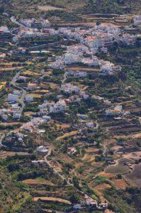 Le village de Tejeda depuis le Roque de Bentayga<br> Parque Rural Del Nublo<br> Île de Grande Canarie