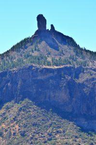 Le Roque Nublo depuis le Roque Bentayga<br> Parque rural del Nublo<br> Île de Grande Canarie