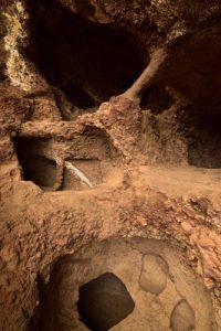 Site archéologique des Grottes Guanches Cenobio de Valeron servant de grenier<br> Île de Grande Canarie