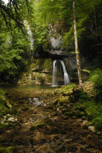 La Cascade des Combes des Gorges de l'Abîme<br> Parc régional du haut Jura