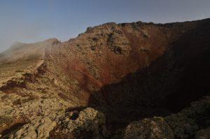 Cratère du volcan La Corona. Île de Lanzarote (Islas Canarias).