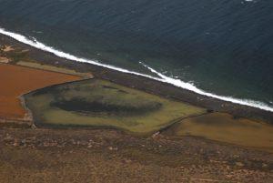 Vue sur les Salines del Rio et l'île Graciosa<br> Mirador del Rio<br> Île de Lanzarote (Islas Canarias).