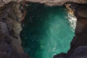 Grottes au dessu de la mer, Los Hervideros. Île de Lanzarote (Islas Canarias).
