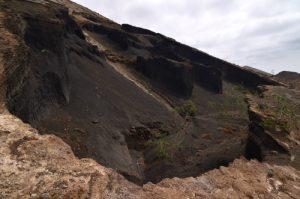Le flanc de scories du volcan Caldera Blanca (1000m de diamètre, 460m).<br> Parque nacional de los volcanes.<br> Île de Lanzarote (Islas Canarias).