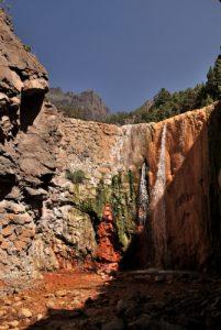 Cascade colorée du Barranco de Ribanseras del Castro - Caldera De Taburiente Île de La Palma (Canarias)