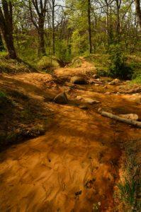 Le ruisseau Doa<br> Le Colorado provençal de Rustrel<br> Parc Naturel Régional du Lubéron