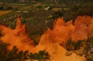 Les Cheminées de Fées<br> Le Colorado provençal de Rustrel<br> Parc Naturel Régional du Lubéron