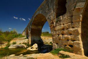 Le Pont Julien sur le Calavon<br> Parc Naturel Régional du Lubéron