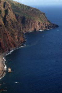 Point de vue du mirador et du Farol de Ponta do Pargo Île de Madère