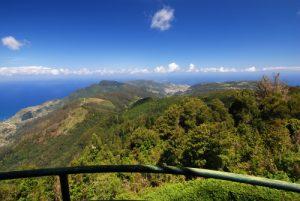 Point de vue de Pico do Suna Paysages de la Levada da Portela Île de Madère