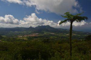 Les pitons du Carbet vus depuis la Montagne Pelée Île de la Martinique