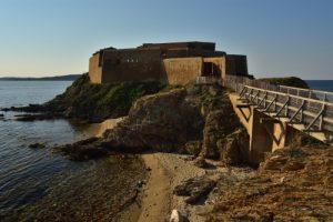 Fort de la Tour Fondue<br> Le Massif des Maures