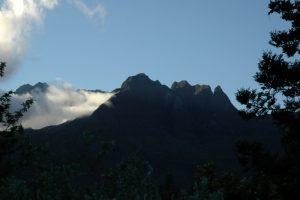 Vue sur le col des boeufs du village d'Aurère<br> Cirque de Mafate Nord<br> Île de la Réunion