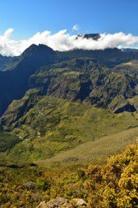 Vue sur le Cirque de Mafate Sud et le Piton des Neiges<br> Point de vue du Maïdo<br> Parc National de la Réunion