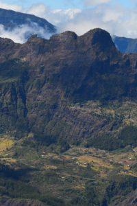Le village de Marla depuis le point de vue du Maïdo<br> Parc National de la Réunion