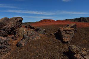 Les scories rouges du Piton Chisny.<br> La Plaine des Sables<br> Parc National de la Réunion