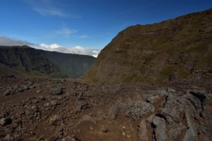Coulées de laves et scories multicolores de la Plaine des Sables.<br> Parc National de la Réunion