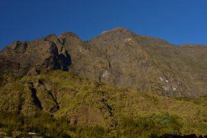 Le lever du soleil à l'Îlet de Marla.<br> Le Cirque de Mafate<br> Parc National de la Réunion