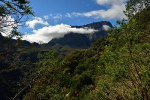 Le Gros Morne près la Plaine des Tamarins.<br> Le Cirque de Mafate<br> Parc National de la Réunion