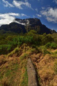 Le Gros Morne depuis la Plaine des Tamarins.<br> Le Cirque de Mafate<br> Parc National de la Réunion
