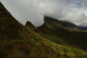Le Col de Fourche sous les nuages.<br> Le Cirque de Mafate<br> Parc National de la Réunion