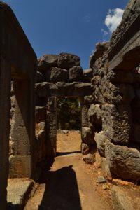 Le Temple de Diane datant du Vième siècle avant JC.<br> Rocher &amp; Fort de Cefalù<br> Île de La Sicile