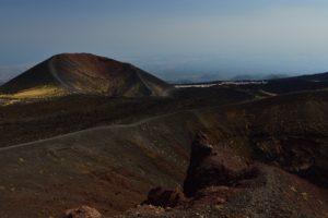 Cratère du Cône de l'éruption de 2001<br> Parco Dell'Etna<br> Île de La Sicile