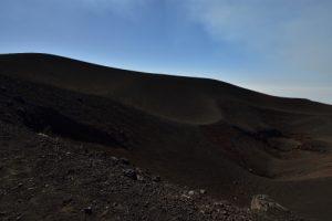 Le cratère de Monte Barbagallo<br> Parco Dell'Etna<br> Île de La Sicile