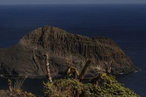 Punta de Antequera depuis le Sémaphore de Igueste de San Andres<br> Parc Macizo de Anaga<br> Île de Tenerife