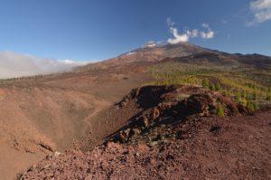 Volcans Teide, Pico viejo &amp; Revendata depuis le cratère de la Montana Samara<br> Parc national du Teide<br> Île de Tenerife (Islas Canarias)