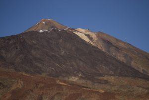 Le volcan Teide (3718m) depuis Los Roques de Garcia<br> Parc national du Teide<br> Île de Tenerife (Islas Canarias)