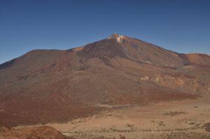 Point de vue sur le volcan Teide &amp; la plaine de Ucanca depuis le Sombrero de Chasna<br> Parc national du Teide<br> Île de Tenerife (Islas Canarias)