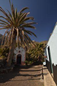 Le village Casas blancas sur le sentier de Chamorga au Phare de Anaga<br> Parc Macizo de Anaga<br> Île de Tenerife (Islas Canarias)
