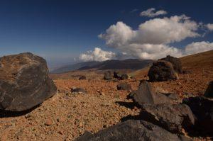 Les oeufs de la Montana Blanca (Morceau de lave détaché de la coulée ayant roulé puis formé une boule)<br> Parc national du Teide<br> Île de Tenerife (Islas Canarias)