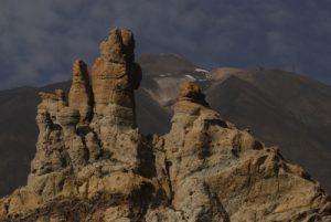 La Cathédrale, Formes anthropomorphes résultat de l'érosion de vieilles cheminées et coulées de lave de Los Roques de Garcia<br> Parc national du Teide<br> Île de Tenerife (Islas Canarias)