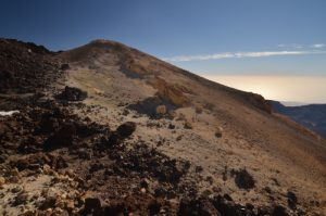 Soufre près du téléphérique du Teide<br> Parc national du Teide<br> Île de Tenerife (Islas Canarias)