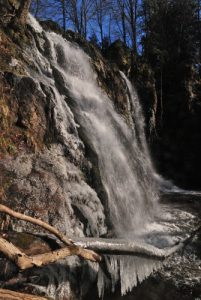 Cascade du Heidenbad.<br> La Vallée de la Thur.<br> Parc Naturel Régional des Ballons des Vosges.