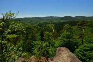 Le Rocher du Krappenfels<br> Circuit des 4 châteaux<br> Parc Naturel Régional des Vosges du Nord
