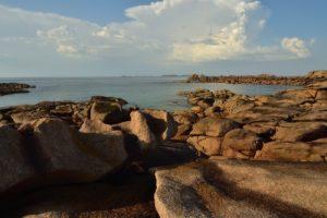 Anse de Beg ar Vir<br> La Côte de granite rose