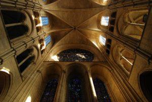 Construite entre 1155 &amp; 1235, la Cathédrale Notre-Dame de Laon est de style gothique.<br> Ville médiévale de Laon