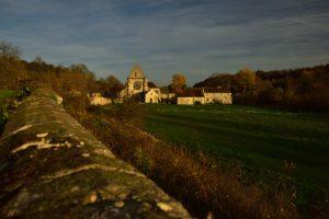 L'Abbaye Notre-Dame de Lieu-Restauré<br> La Vallée de l'Automne