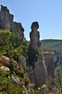 Le vase de Chine de la corniche des gorges de la Jonte<br> Le Causse Méjean<br> Parc Naturel National des Cévennes