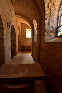 L'église de St Pierre des Tripiers<br> Le Causse Méjean<br> Parc Naturel National des Cévennes