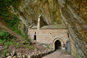 Le village de St Chély-du-Tarn<br> Les Gorges du Tarn<br> Parc Naturel National des Cévennes
