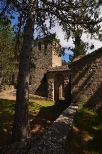 Prieuré de Saint-Jean-de-Balmes<br> Causse noir<br> Parc Naturel Régional des Grands Causses