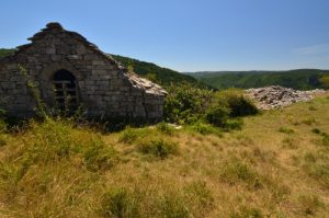 Le village des Bastides<br> Le Causse Noir<br> Parc Naturel Régional des Grands Causses